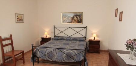 Alloggi-montegonfoli-2-camera-da-letto