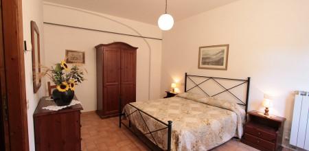 Alloggi-montegonfoli-3-camera-da-letto-2