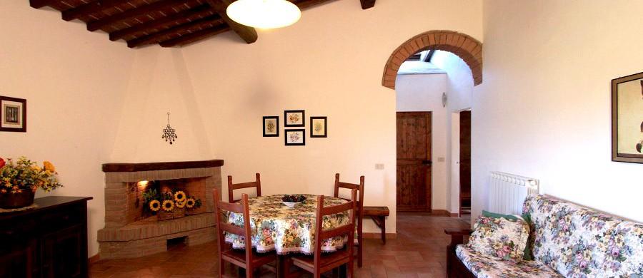 Alloggi-montegonfoli-5-salotto